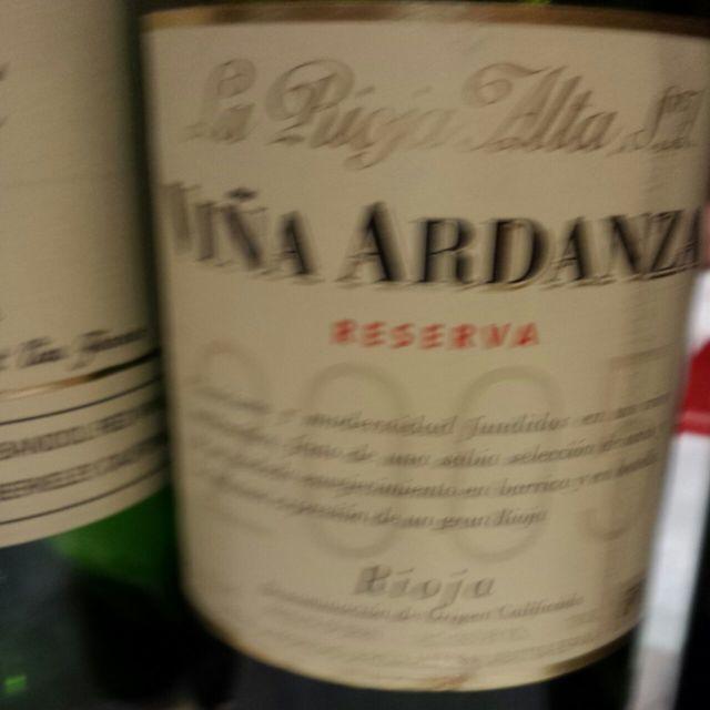 Viña Ardanza Rioja Tempranillo Blend 2005