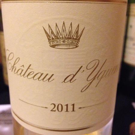 Château d'Yquem Sauternes Sémillon-Sauvignon Blanc Blend 2011 (375ml)
