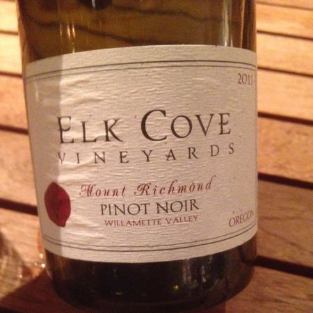 Elk Cove Vineyards Mount Richmond Willamette Valley Pinot Noir 2014