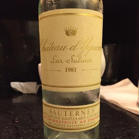 Château d'Yquem Sauternes Sémillon-Sauvignon Blanc Blend 1981 (375ml)