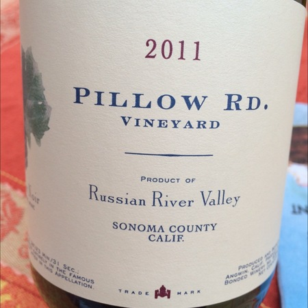 Pillow Rd. Vineyard Russian River Valley Pinot Noir 2011