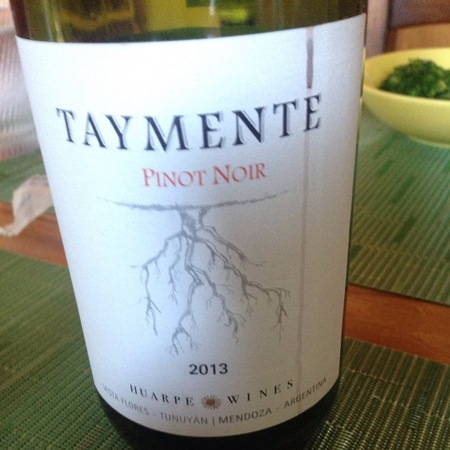 Bodegas Huarpe Taymente Pinot Noir 2013