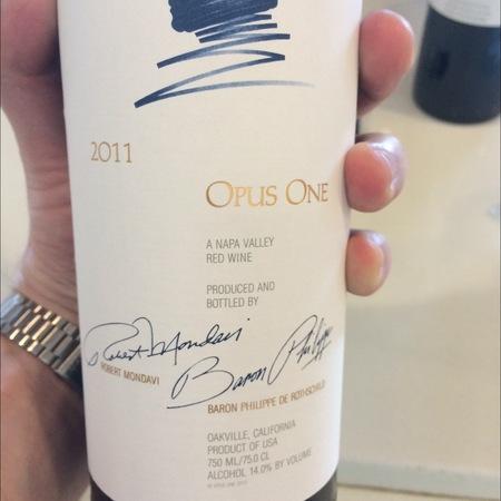 Opus One Napa Valley Cabernet Sauvignon Blend 2011