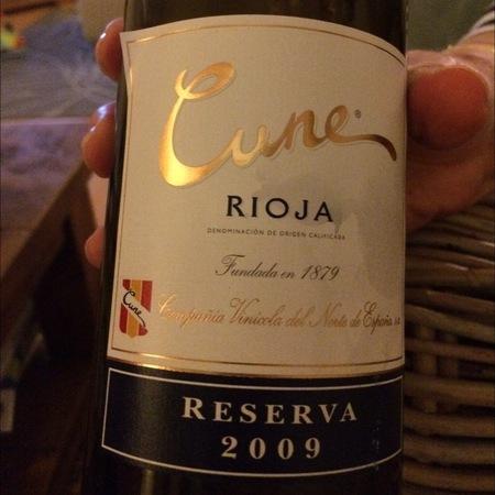 C.V.N.E. (Compañía Vinícola del Norte de España) Cune Gran Reserva Rioja Tempranillo Blend 2009