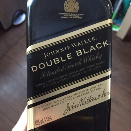 Johnnie Walker  Double Black Blended Scotch Whiskey NV (1000ml)