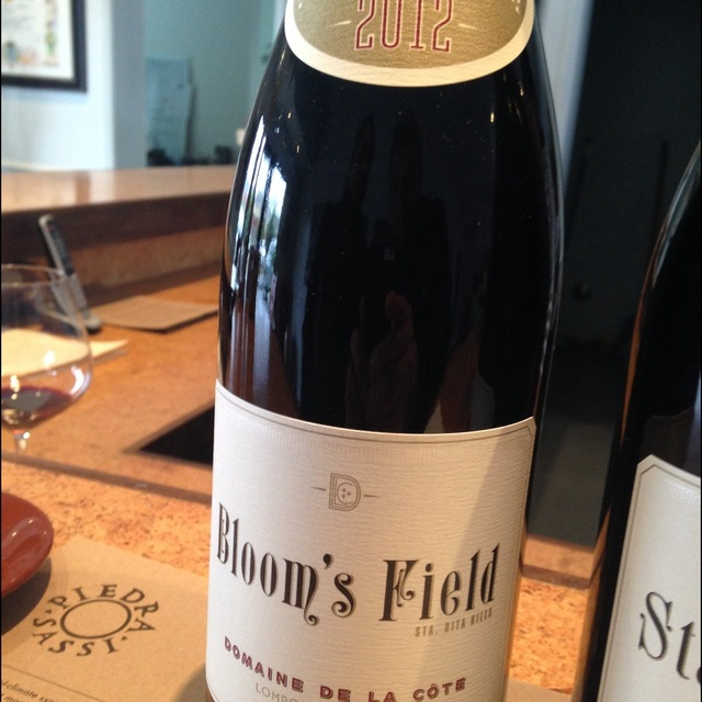 Bloom's Field Pinot Noir 2012