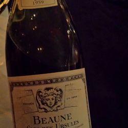 Domaine de Héritiers Clos des Ursules Beaune 1er Cru Vignes Franches Pinot Noir