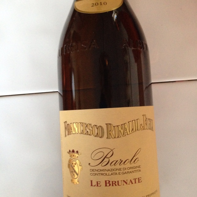 Le Brunate Barolo Nebbiolo 2010 (1500ml)