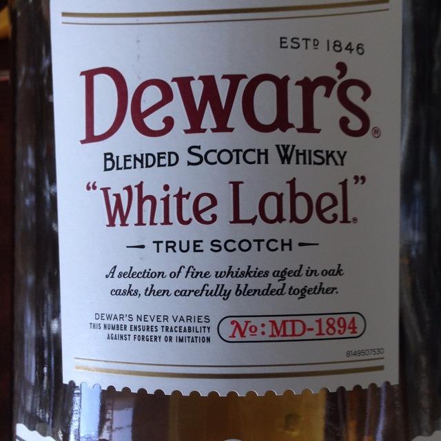 Dewar's White Label Whisky NV