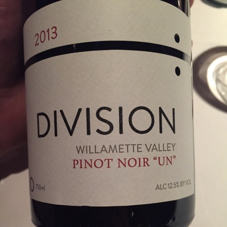 Division Winemaking Company 'Un' Willamette Valley Pinot Noir 2015