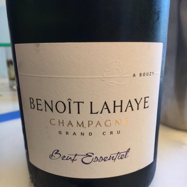 Brut Essentiel Grand Cru Champagne Blend NV