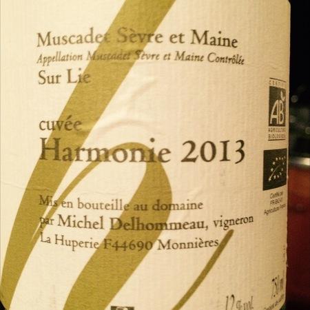 Michel Delhommeau Cuvée Harmonie Sur Lie Muscadet de Sèvre-et-Maine Melon de Bourgogne 2015