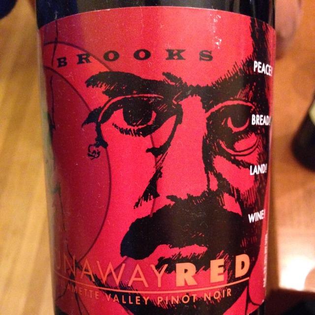 Runaway Red Willamette Valley Pinot Noir 2014