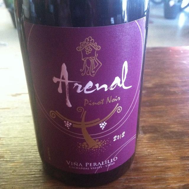 Arenal Pinot Noir 2012